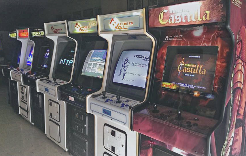Maldita Castilla cabinet crafted by @Arcade_Vintage and located between the 80s classics in their arcade room