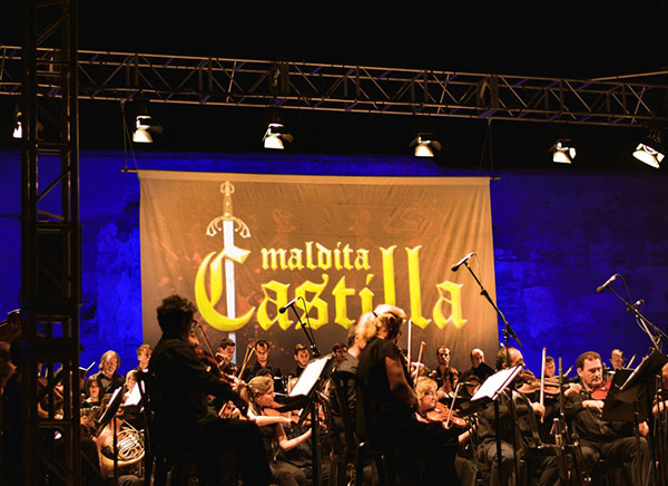 Málaga Philarmonic Orchestra performing the main theme of Maldita Castilla at PlayFest 2014