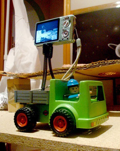 This kind sir helped us with the camera for the traveling effect in Verminest trailer